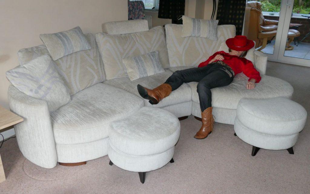 Sofa funky afrika fama living - Sofa afrika style ...